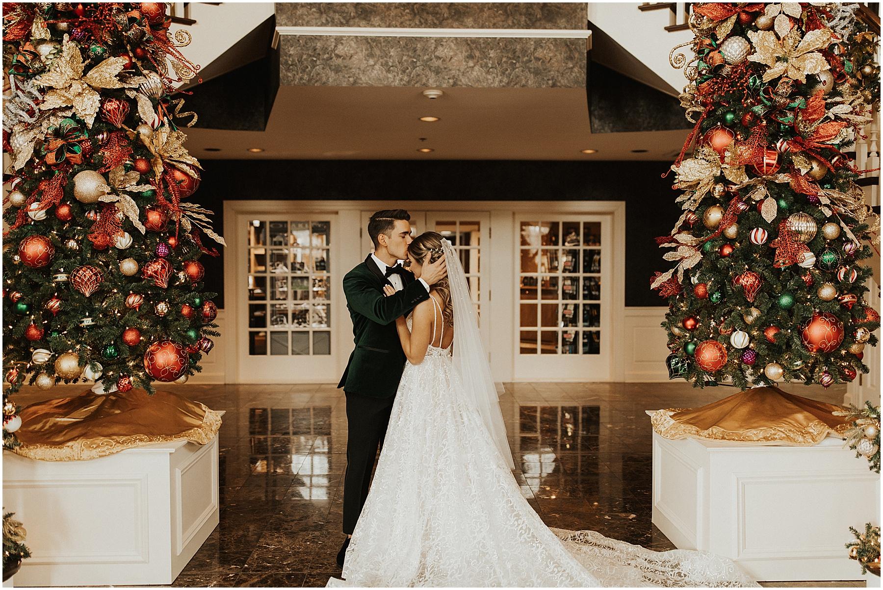 Christmas Wedding in Ohio_0250.jpg