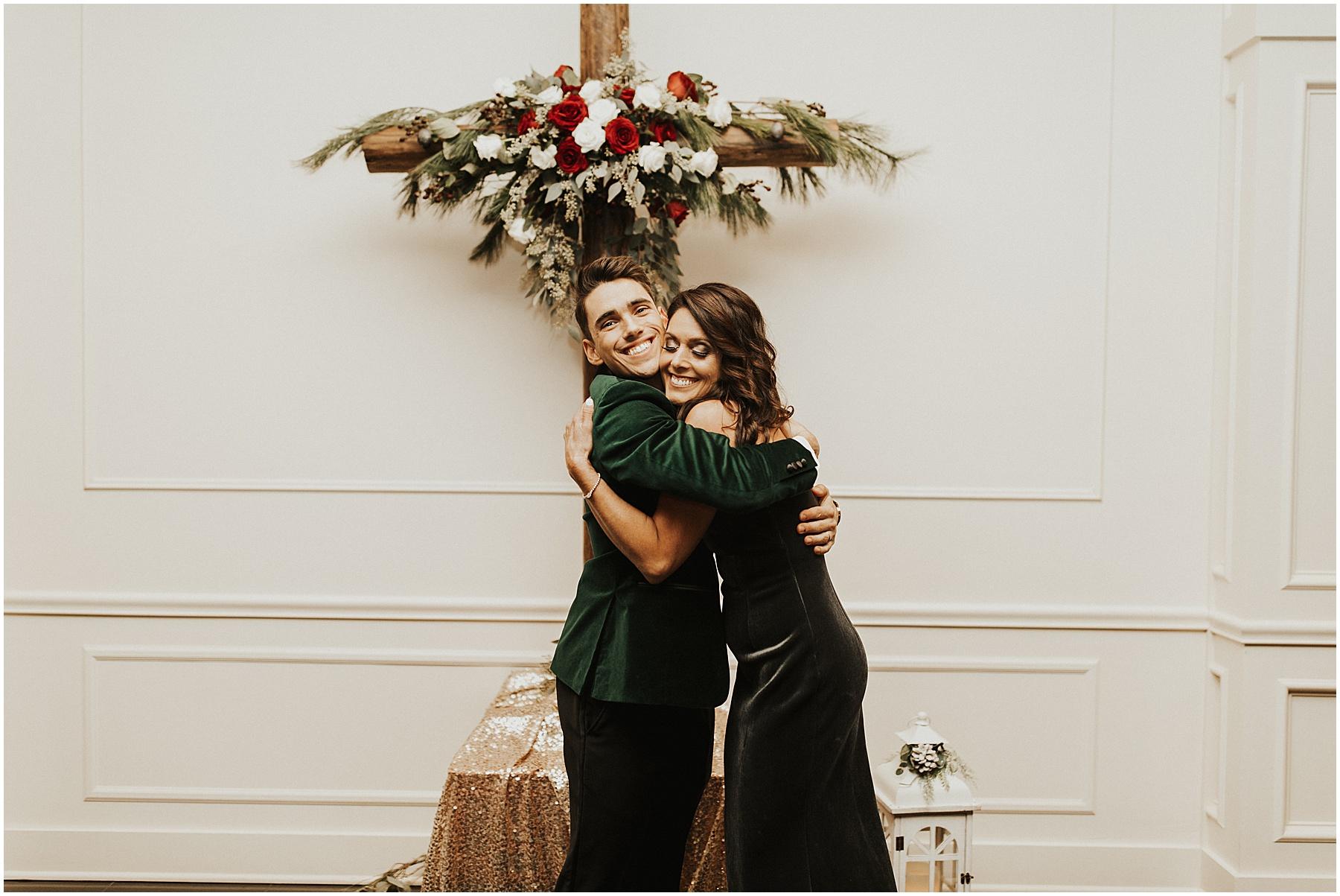 Christmas Wedding in Ohio_0298.jpg