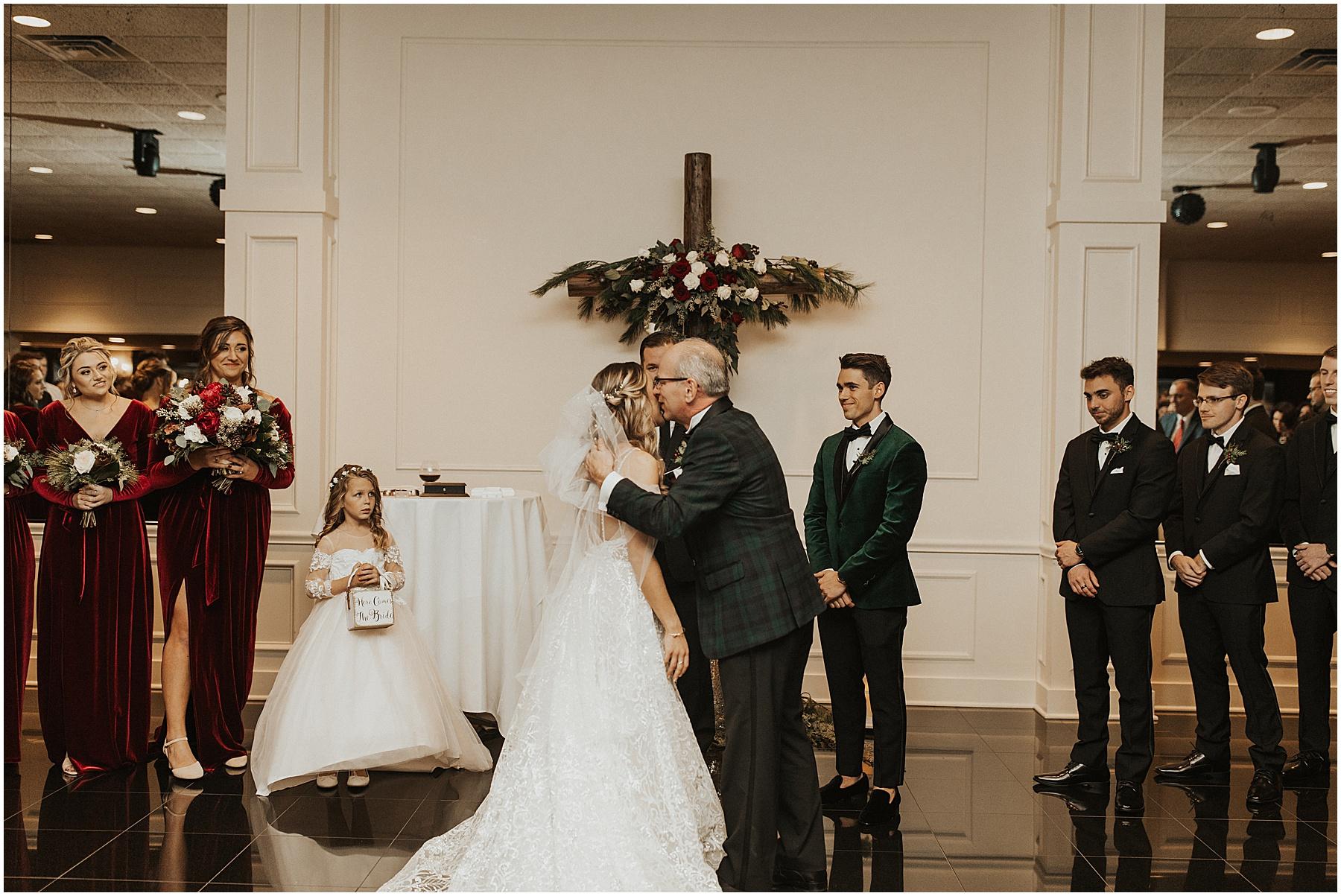 Christmas Wedding in Ohio_0311.jpg