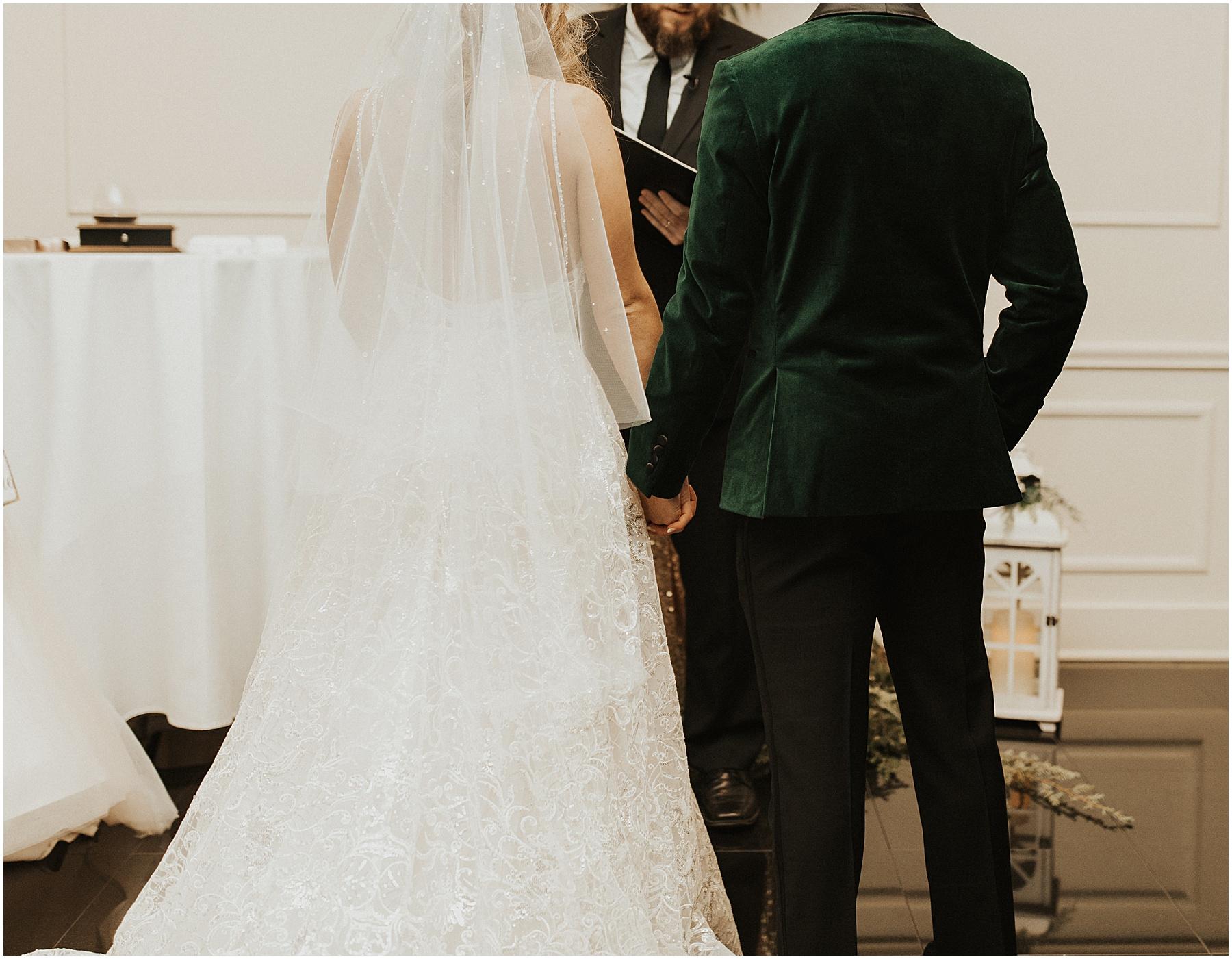 Christmas Wedding in Ohio_0313.jpg
