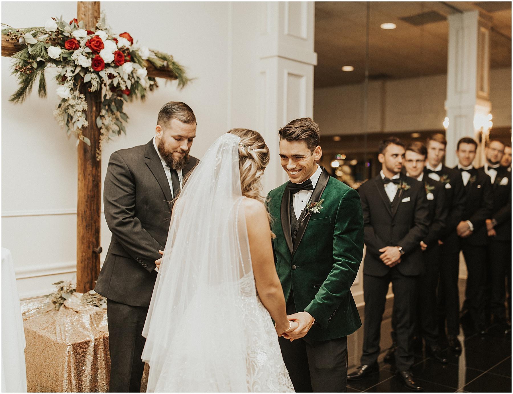 Christmas Wedding in Ohio_0317.jpg