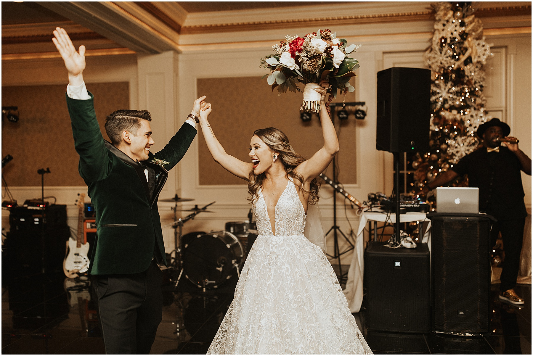 Christmas Wedding in Ohio_0329.jpg