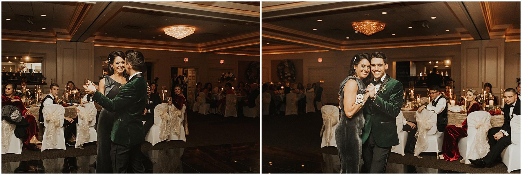 Christmas Wedding in Ohio_0335.jpg