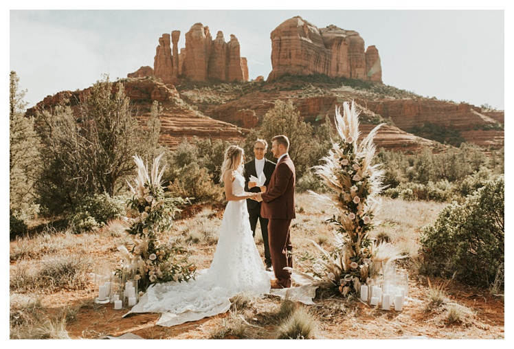 Intimate Elopement in Sedona Cathedral Rock_0984.jpg