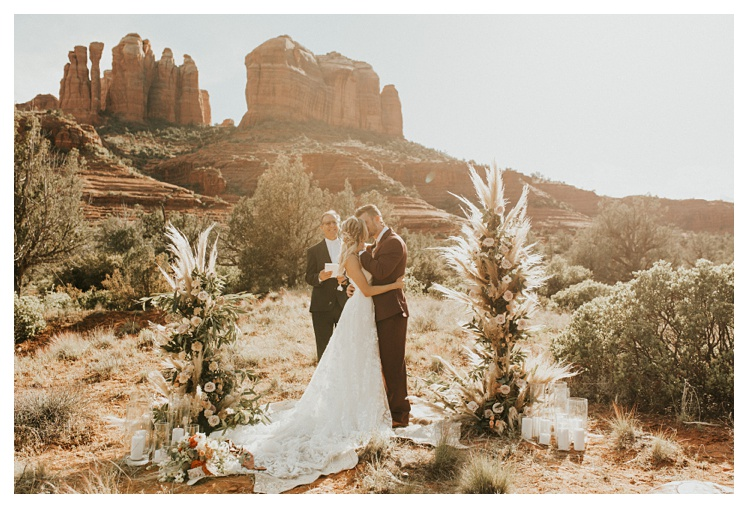 Intimate Elopement in Sedona Cathedral Rock_0987.jpg