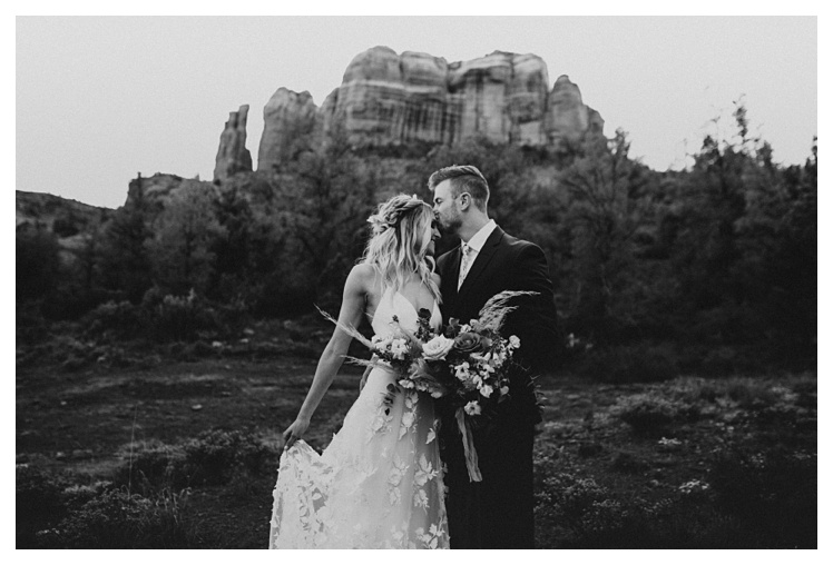 Intimate Elopement in Sedona Cathedral Rock_1010.jpg