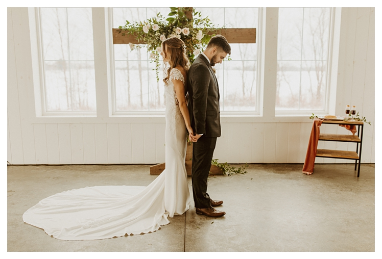 winter boho wedding with snow white barn_1268.jpg