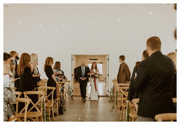 winter boho wedding with snow white barn_1271.jpg