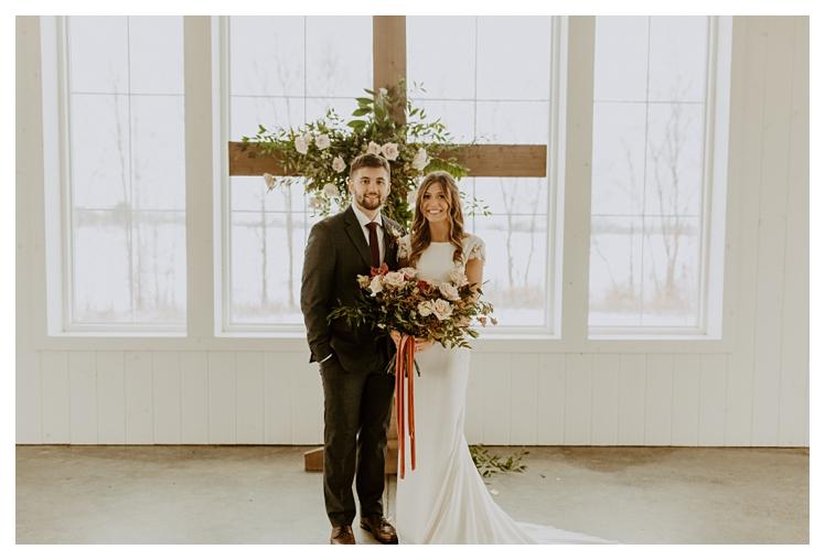 winter boho wedding with snow white barn_1316.jpg