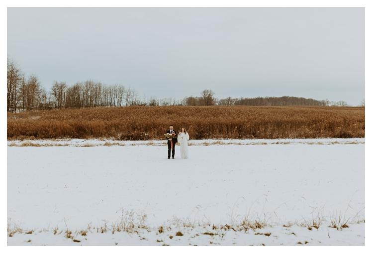 winter boho wedding with snow white barn_1334.jpg
