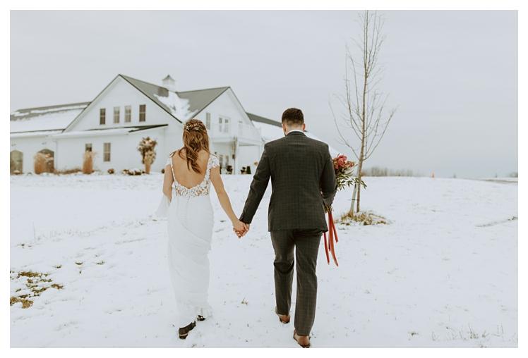 winter boho wedding with snow white barn_1343.jpg