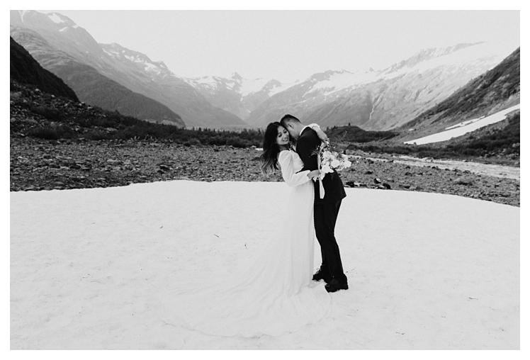 alaskan glacier elopement anchorage alaska_1539.jpg